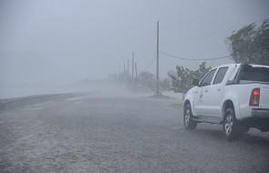 """Huragan """"Irma"""" pustoszy wyspy Turks i Caicos i podąża w kierunku Florydy"""