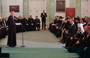 Abp Gądecki: Kościół dziękuje naukowcom dążącym do prawdy