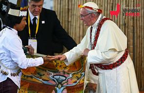 """Po spotkaniu z mieszkańcami domu """"Małego Księcia"""" papież zjadł obiad z niezwykłymi gośćmi"""