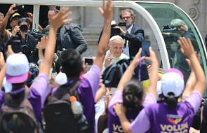 """Papież do młodych Peruwiańczyków: Jezus nie chce robienia """"makijażu"""" serca"""