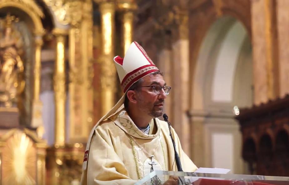Biskup ze slumsów: nie potrafimy zrozumieć nauczania papieża