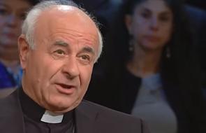 """""""Dalszym krokiem, po małpach, po naczelnych, jest człowiek"""". Watykan skomentował sklonowanie małp"""