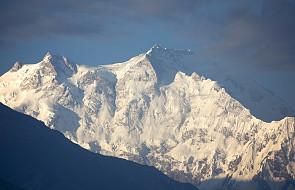 Akcja ratunkowa dla Polaka i Francuzki na Nanga Parbat - ekipa wyleciała spod K2