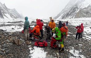 """Wyprawa ratunkowa na Nanga Parbat: """"są gotowi do dalszych działań"""", jednak pogoda jest """"nielotna"""""""