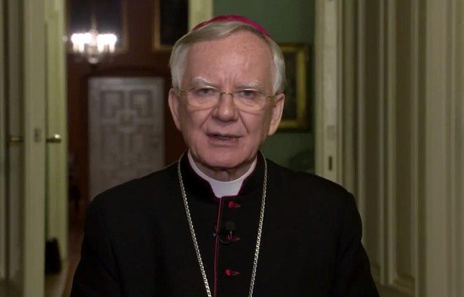 Abp Marek Jędraszewski: żadna partia nie ma błogosławieństwa Kościoła [WYWIAD]