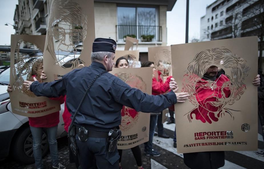 Francja: tysiące Kurdów domagały się prawdy o zabójstwie kurdyjskich aktywistek