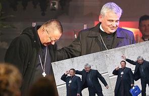 Myślicie, że synod to nudne spotkanie? Zobaczcie te zdjęcia kard. Krajewskiego i abp. Rysia