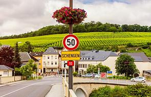 KE apeluje o zakończenie wewnętrznych kontroli granicznych w Schengen