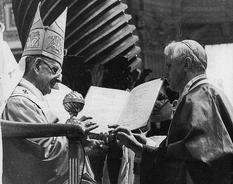 Droga zawsze prowadzi przez krzyż do światła. Czy święty papież cierpiał na depresję? - zdjęcie w treści artykułu nr 3