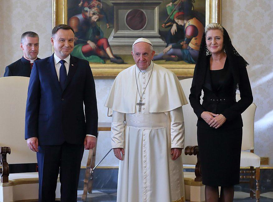 Bomba w Watykanie! Zobaczcie, co wydarzyło się w czasie spotkania papieża z prezydentem - zdjęcie w treści artykułu nr 4