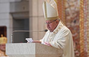 Dziwisz: dziękujemy za dar papieża, który oświecał umysły, poruszał serca