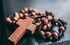 Szczere słowa księdza: to częsty błąd popełniany w modlitwie różańcowej