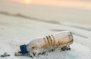 PE chce, żeby Europejczycy pili więcej kranówki zamiast wody w butelkach. Nowe przepisy mają się do tego przyczynić