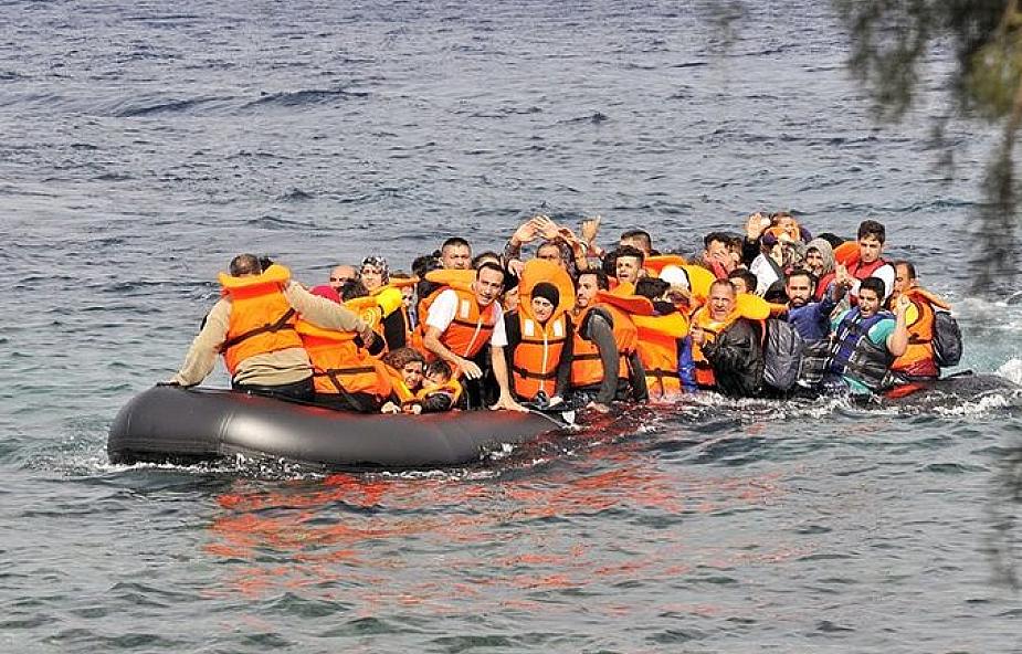Europa: mniej uchodźców, płynących przez Morze Śródziemne, ale nadal wysoka liczba zmarłych