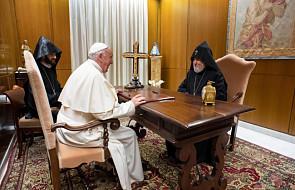 Papież Franciszek spotkał się z katolikosem Karekinem II