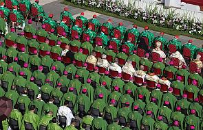 Sprawa homoseksualizmu na Synodzie: nie możemy podejmować decyzji, które przeczą Ewangelii