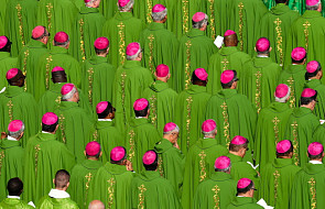 """""""Młodzież, wiara i rozeznanie powołania"""". Papież rozpoczął obrady XV Zgromadzenia Ogólnego Synodu Biskupów"""