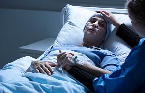 Źle przeżyta żałoba może mieć poważne konsekwencje. Jak oswoić śmierć?