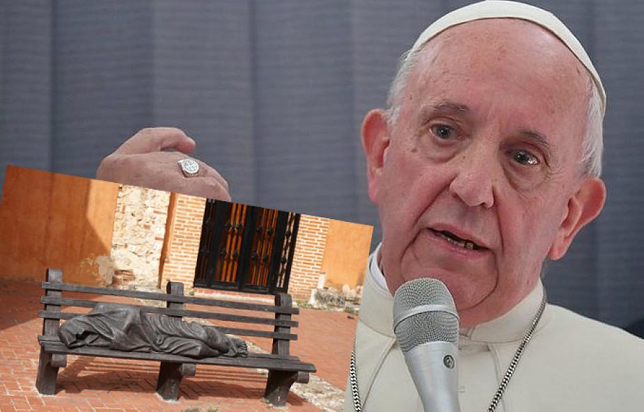 Papież podarował Rio de Janeiro rzeźbę bezdomnego Jezusa