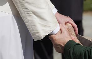 Papieska aula Pawła VI służy na co dzień dużym audiencjom papieskim. Tego dnia zamieni się w jadalnię dla 3000 ubogich