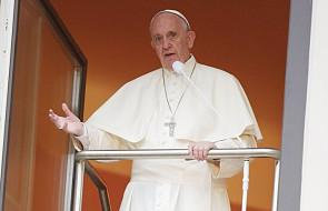"""Zmiana w modlitwie """"Ojcze nasz"""" zatwierdzona przez włoskich biskupów. Papież: tamte tłumaczenia nie są dobre"""