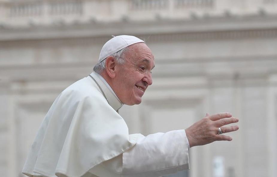 Papież o tym, kiedy miłość jest prawdziwa