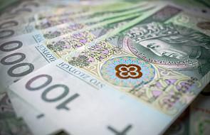 Sejm skierował do komisji ustawę zakładającą wydłużenie stawek VAT 23 proc. i 8 proc. w następnym roku