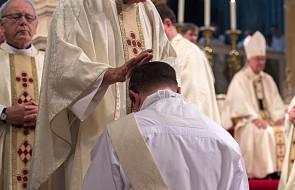 Psycholog: u części osób bardzo silny wpływ na decyzję o kapłaństwie mają problemy psychiczne