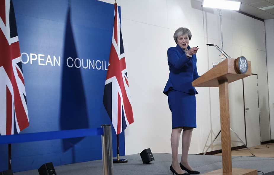 Media brytyjskie krytyczne wobec porozumienia o Brexicie
