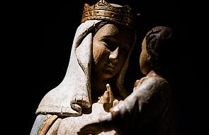 Benedykt XVI: ta modlitwa przeprowadzi cię przez największe życiowe ciemności