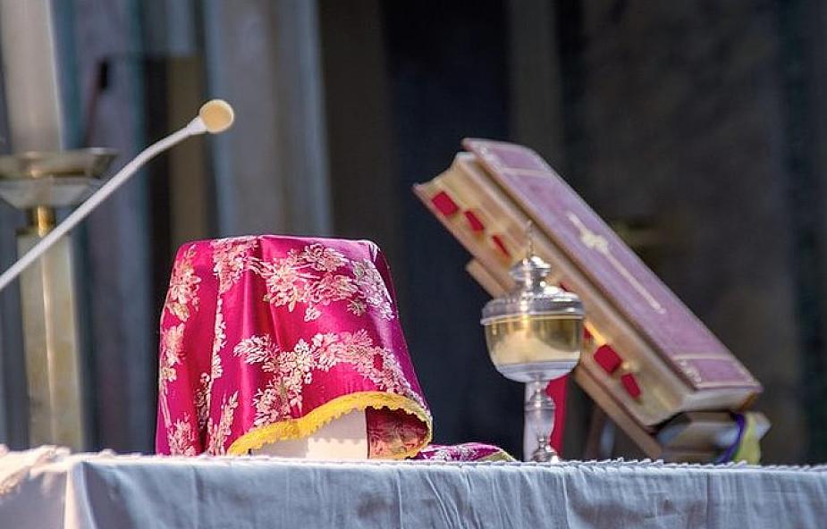 """""""Il Foglio"""": lefebryści odstępują od porozumienia z Rzymem"""