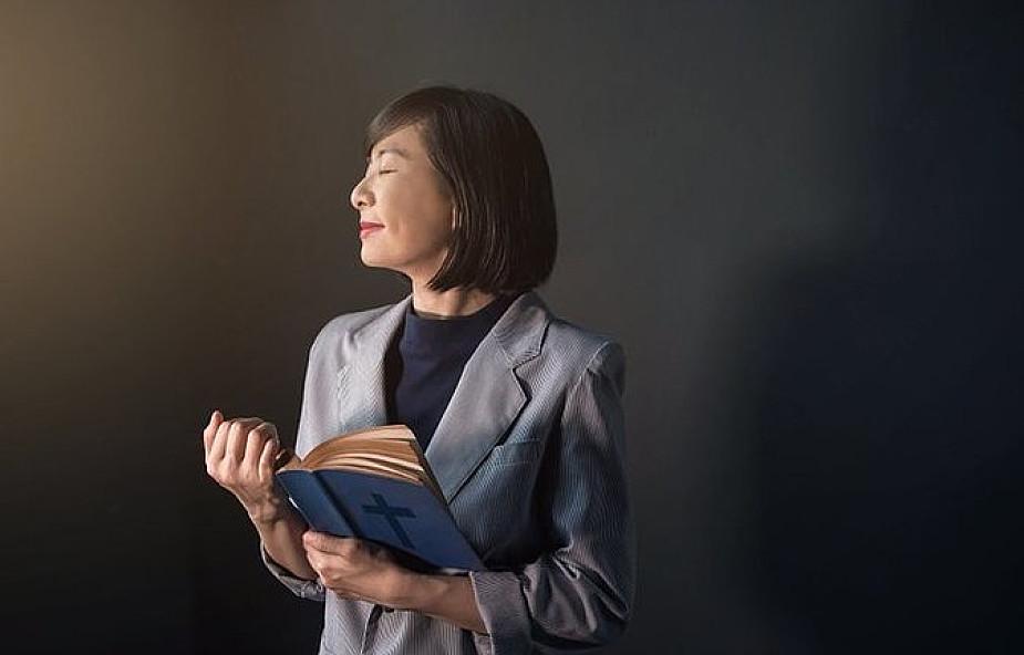 Sytuacja kobiet w Kościele wymaga uleczenia