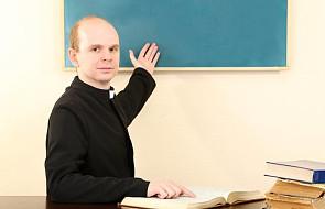 Łódź: ponad połowa uczniów wypisała się z lekcji religii. W ciągu 3 lat zrezygnowało ich blisko 26 tys.