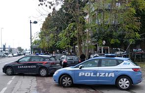 Włochy: zakładniczki na poczcie wolne, napastnik zatrzymany