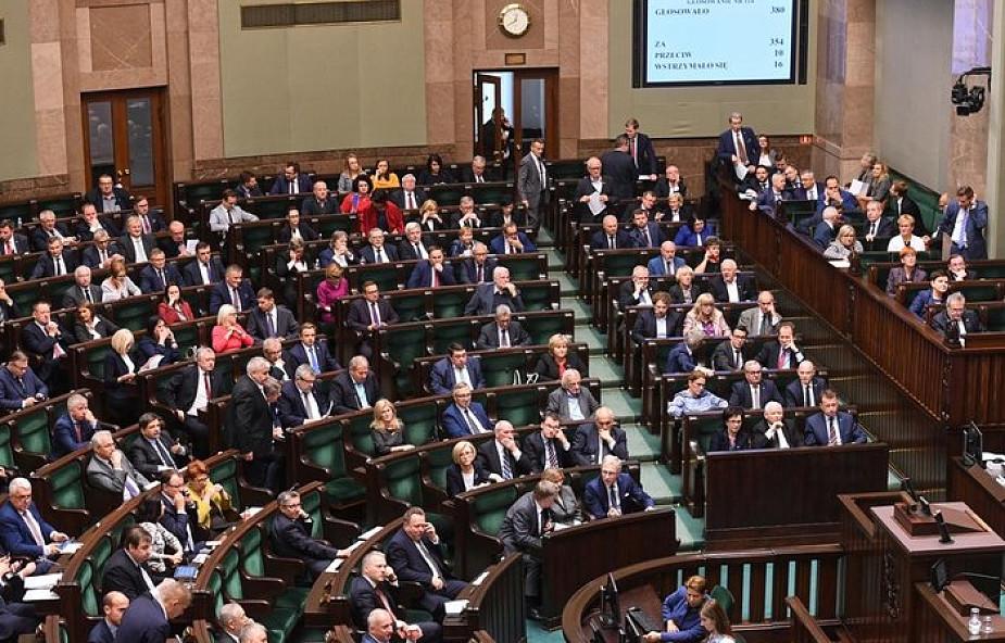 Sejm odrzucił obywatelski projekt likwidujący obowiązek szczepień