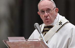 Papież Franciszek: trzeba odwagi, aby zrobić dziurę w dachu i spuścić łóżko z chorym