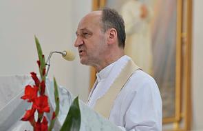 """Nowy krakowski biskup nominat nie przyjmie święceń. Złożył """"dymisję z tego urzędu"""" [PILNE]"""