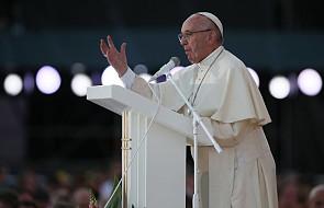 Papież: wspierajcie twórcze dziennikarstwo pokoju