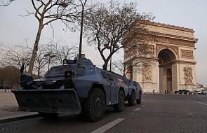 """W Paryżu wzmocniono obecność policji przed protestami """"żółtych kamizelek"""""""