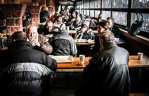 Poznań: Caritas poszukuje wolontariuszy do pomocy przy wigilii dla samotnych i ubogich