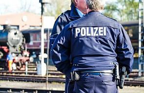Niemcy: samochód wjechał w przystanek autobusowy, jedna osoba nie żyje