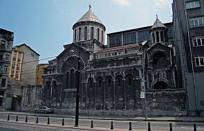 """Armenia: apel do władz Turcji o nie mieszanie się w """"tradycje Kościoła Ormiańskiego"""""""