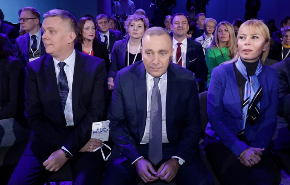 Schetyna: PO proponuje Polakom dojrzały patriotyzm