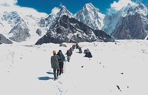 Wyprawa na K2 - Wielicki: nie mamy żadnego kontaktu z Urubką