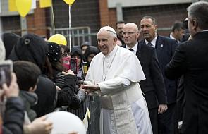 Papież w rzymskiej parafii: Jezus jest z nami w trudnych chwilach