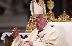 Franciszek u św. Marty: Bóg wskazuje, gdzie tkwi zło