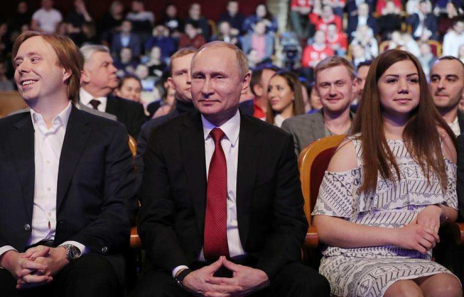Rosja: ostatni sondaż przed wyborami prezydenckimi - 69 proc. dla Putina
