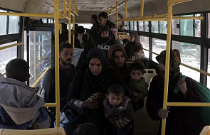 Syria - NGO: co najmniej 150 tysięcy osób uciekło od środy z miasta Afrin