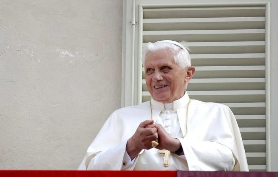 """Watykan ujawnił pełną treść listu Benedykta XVI o Franciszku. Papież-senior o """"przywódcy inicjatyw antypapieskich"""""""