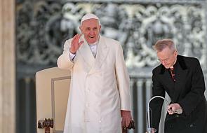 """""""Pamiętajcie, że zawsze jest z wami Jezus"""". Więźniowie przygotowują się na spotkanie z Franciszkiem"""